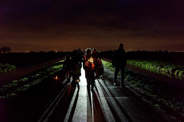 Lichtjestocht Zuiderwoude